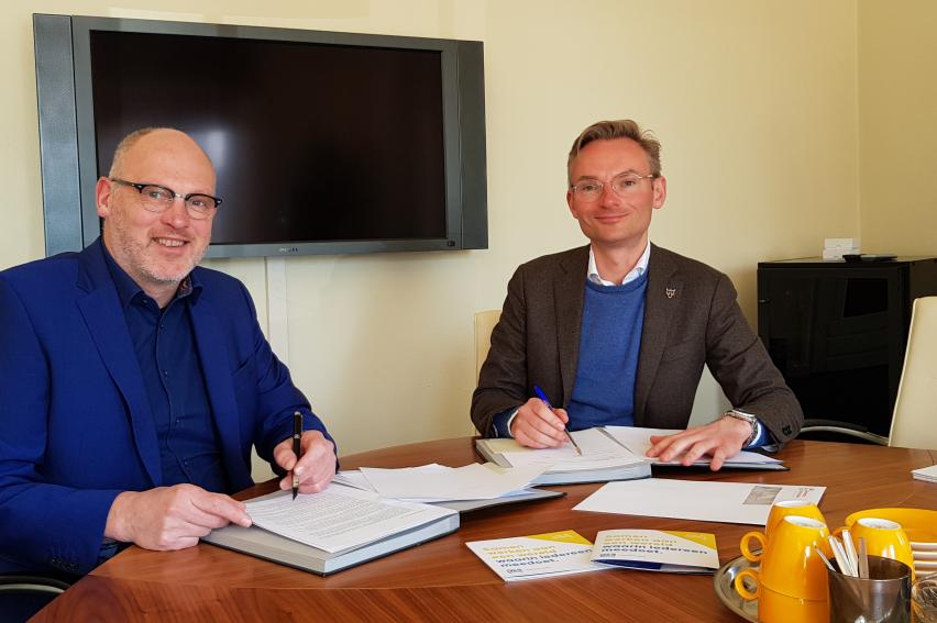 Gemeente Voorschoten zet samenwerking met DZB Leiden voort